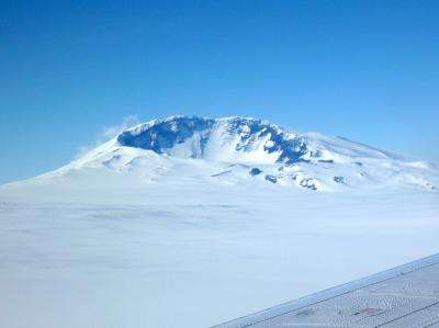 Volcano discovered smoldering under a kilometer of ice in West Antarctica