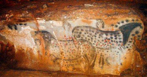 Archeologist suggests much of Paleolithic cave art was done by women