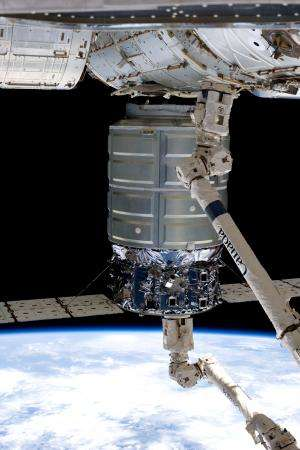 Slosh experiment designed to improve rocket safety, efficiency