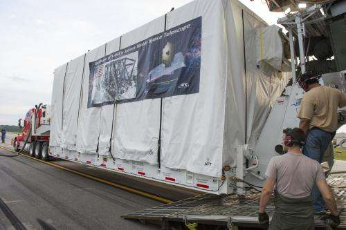 James Webb Space Telescope Backplane Arrives at Marshall for Testing