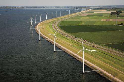 Computer program for reducing the cost of offshore wind energy