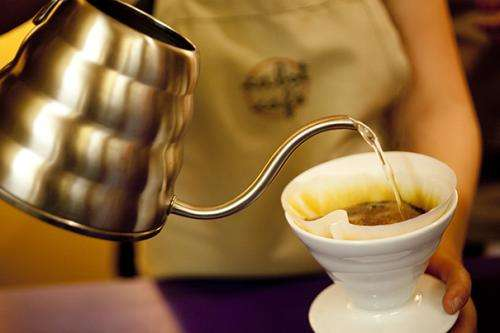 Coffee drinking tied to lower risk of suicide