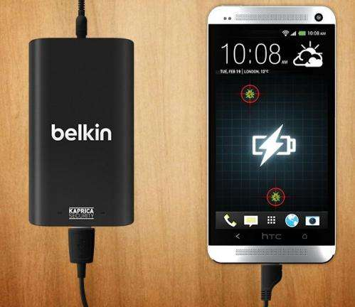 Phone charger can place user on malware alert