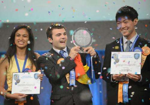 High school student develops supercapacitor, wins Young Scientist Award