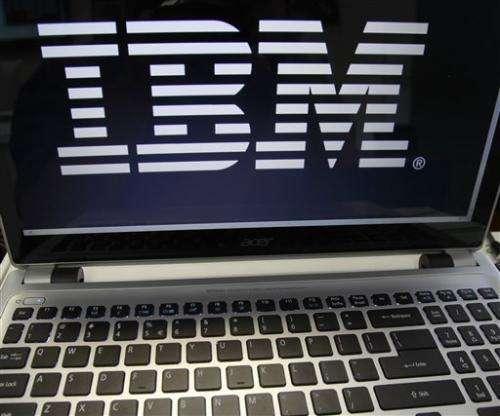 IBM 2Q beats Street despite revenue slip