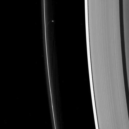 Image: Prometheus sculpts Saturn's F ring