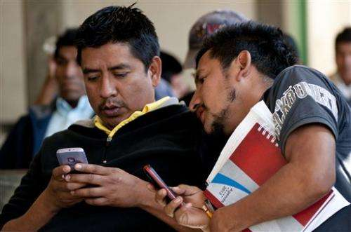Mexico sees its first village cellphone network