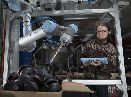Robot picks out castors as fast as blueberries