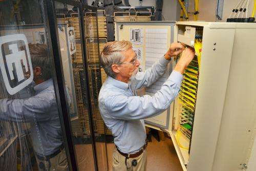 Sandia's new fiber optic network is world's largest