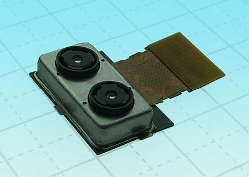 Toshiba's dual-camera system enables second-chance manipulations