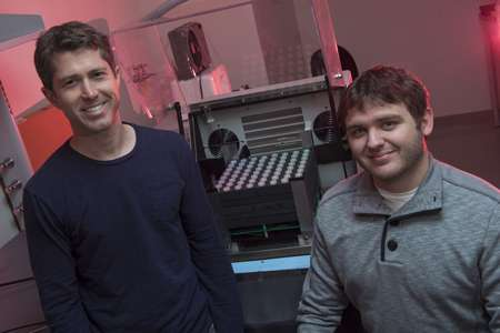 Bioengineers invent 'light tube array,' 'bioscilloscope' to test, debug genetic circuits