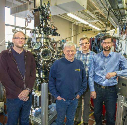 Researchers develop new technique for probing subsurface electronic structure