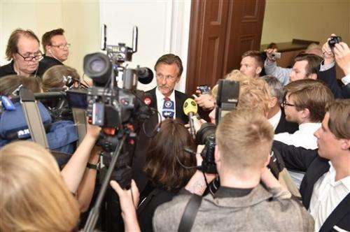 Swedish court upholds detention order on Assange