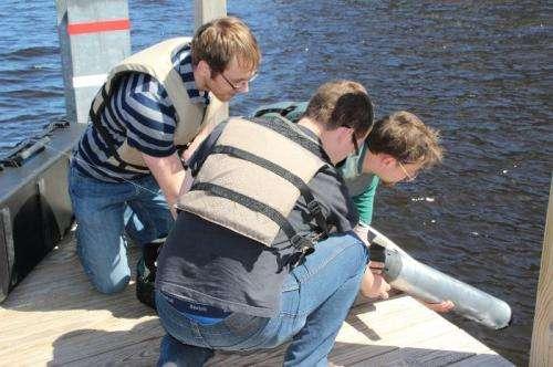 Toward smarter underwater drones