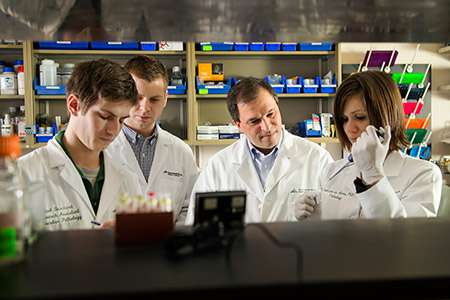 Researchers issue state-of-the-state on genetic-based testing & treatment for breast cancer