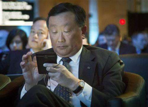 BlackBerry launches Classic in last-ditch effort