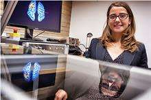 New research on the neural details of 'swiping'