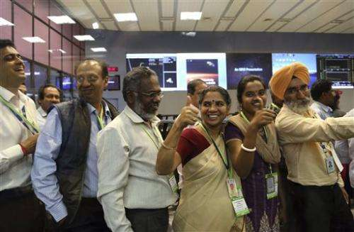 Mars mission opens India for space business (Update)