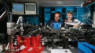 A low-energy optical circuit for a new era of technology