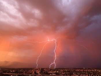 Climate study predicts a significant increase of lightning during 21st century