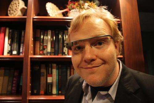 Drivers, don't trade in your smartphone for Google Glass yet