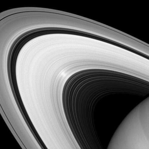 Image: Infrared Image of Saturn's Rings