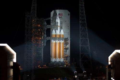 Image: Mobile service tower rolled back for Orion flight test