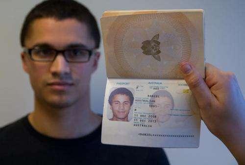 Passport study reveals vulnerability in photo-ID security checks