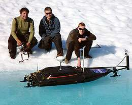 Researcher develops more accurate method to measure surface meltwater volume of Greenland ice sheet