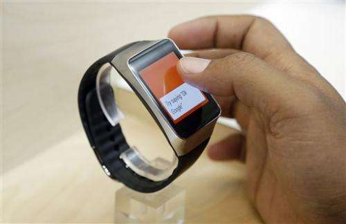Review: Android Wear is about simplifying future