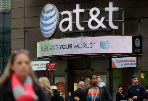 Tablets, cars drive AT&T wireless gains_not phones