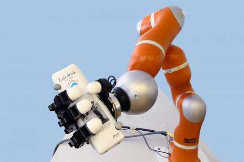 Ultra-fast, the bionic arm can catch objects on the fly (w/ Video)