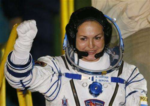 US-Russian space crew lifts off for space station