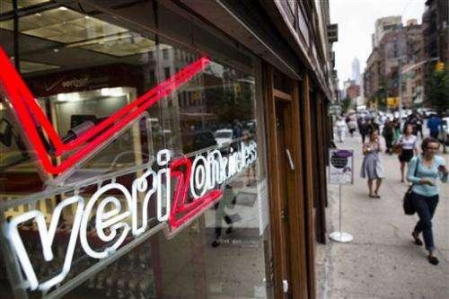 Verizon reports higher 3Q net income, revenue