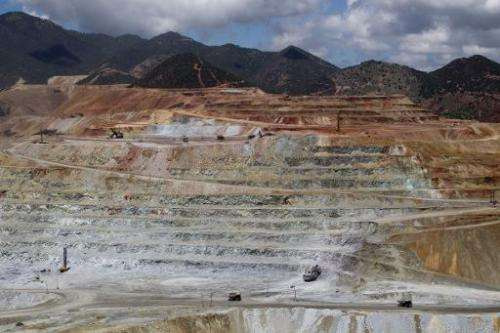 """View of the """"Buena Vista"""" copper mine in Cananea, Sonora state on August 13, 2014, which leaked sulfuric acid five day"""