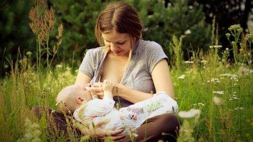 Breastfeeding may offset leukemia risk