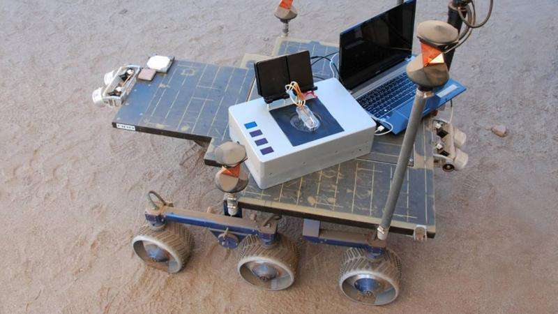 'Chemical laptop' could search for signs of life outside earth