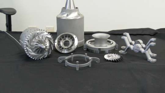 GE engineers make engine using additive manufacturing process