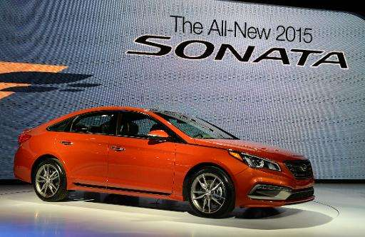 Hyundai Motor becomes the first carmaker to offer Google's Android Auto system in its Sonata model sold in the US market