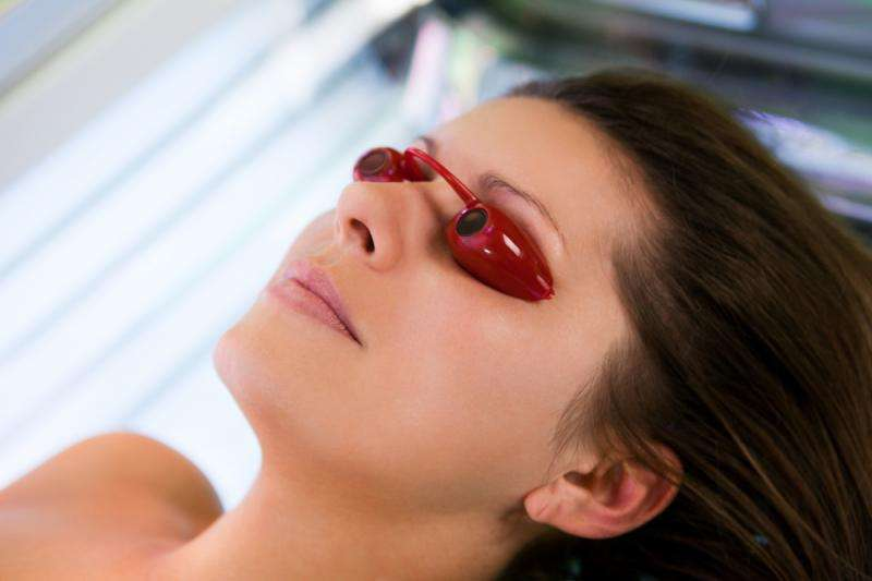 More than a third of New Jersey teens who engage in indoor tanning do so frequently, study finds