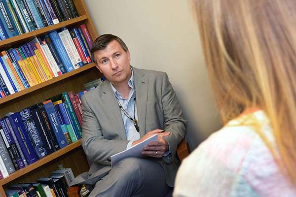 Self-harm, suicide ideation tightly linked in Iraq, Afghanistan veterans