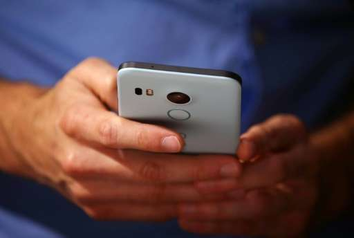 Smartphone sales grew 15.5 percent in the July-September period to 353 million units, with Android accounting for more than 298