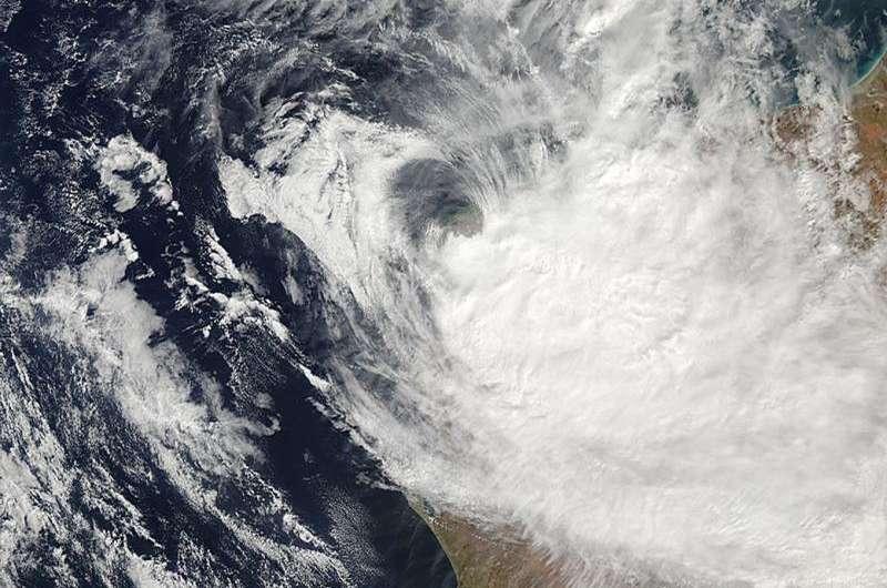 NASA satellite sees Tropical Cyclone Quang making landfall in Western Australia