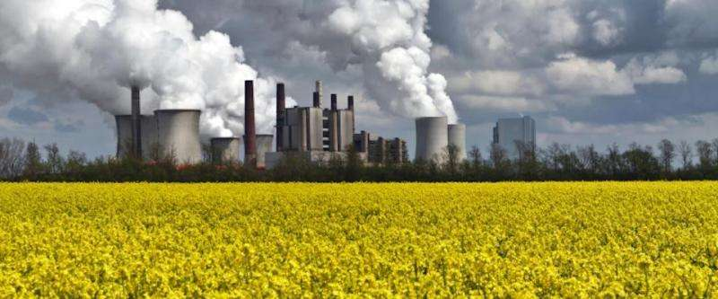 Climate scientists focus on extracting the carbon already in our air