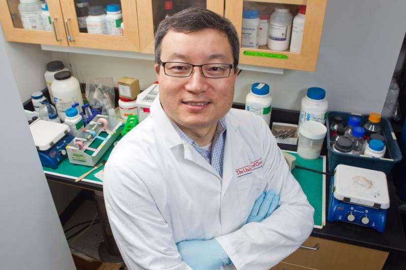 Researcher develops bird flu vaccine using virus commonly found in dogs
