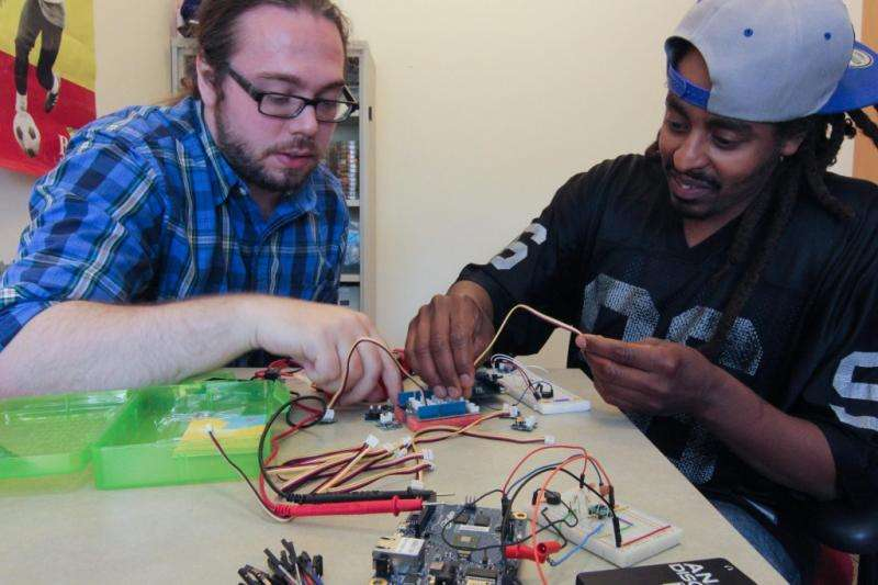 Students Help Bioscience Get a Grip on Technology