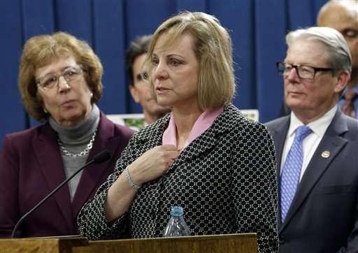 California lawmakers advance right-to-die legislation