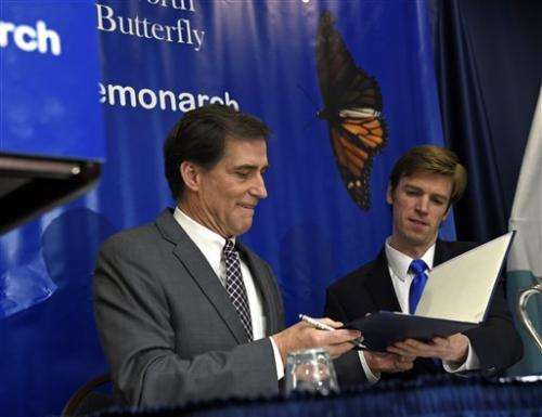 Government to spend $3.2 million to help monarch butterfly