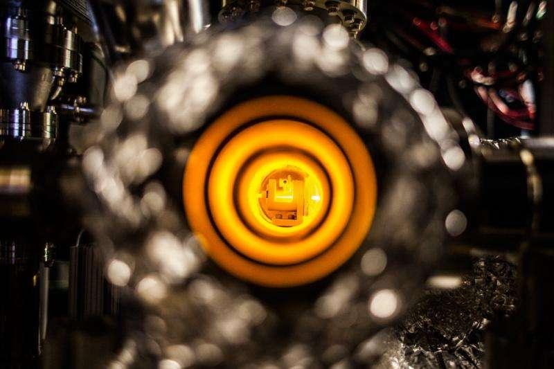 Researchers build new fermion microscope