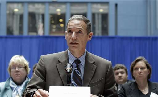 Top US auto safety regulator says Chrysler to face sanctions